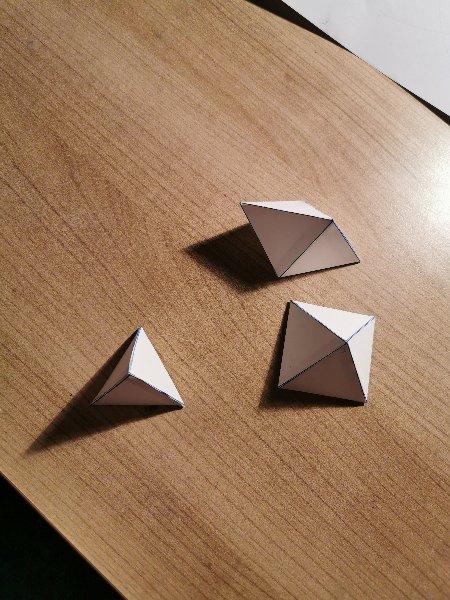 lana-piramide